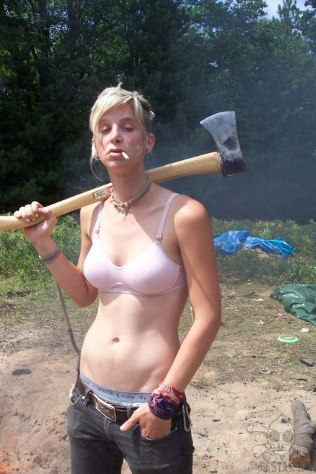 голые тетки пилотки фото